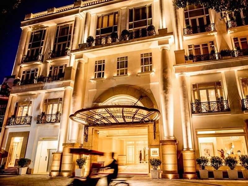 mẫu khách sạn 3 sao theo phong cách cổ điển