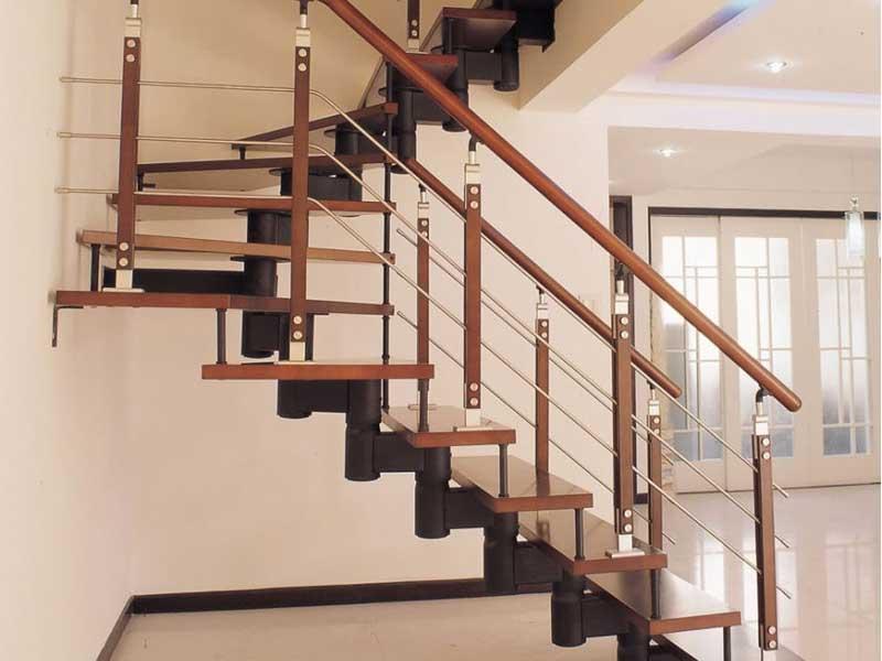 Cầu thang xoắn ốc là gì?