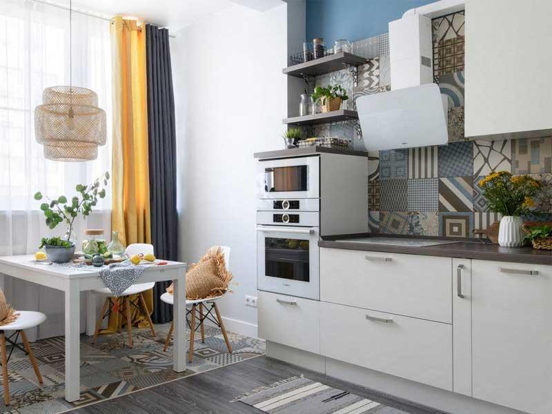 Thiết kế phòng bếp ấn tượng nhờ Gạch men họa tiết
