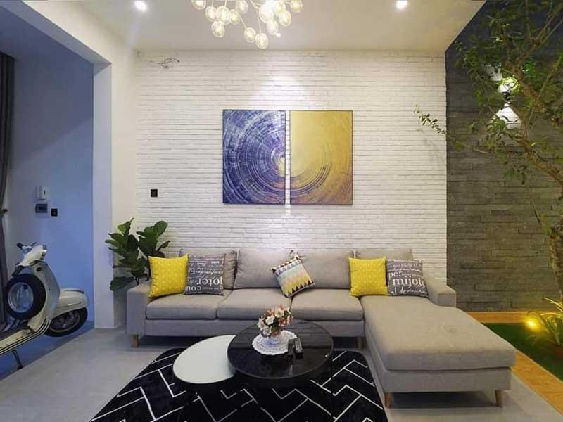 Phòng khách nhà phố 2 tầng hiện đại 5x15m 2